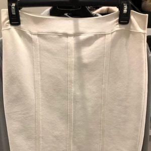 BCBG Maxazria Bandage Skirt Size L Cream New